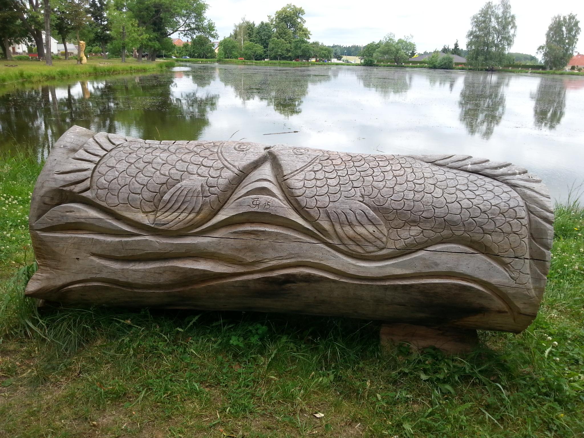 Lavice Zamilovaných Ryb Lišov