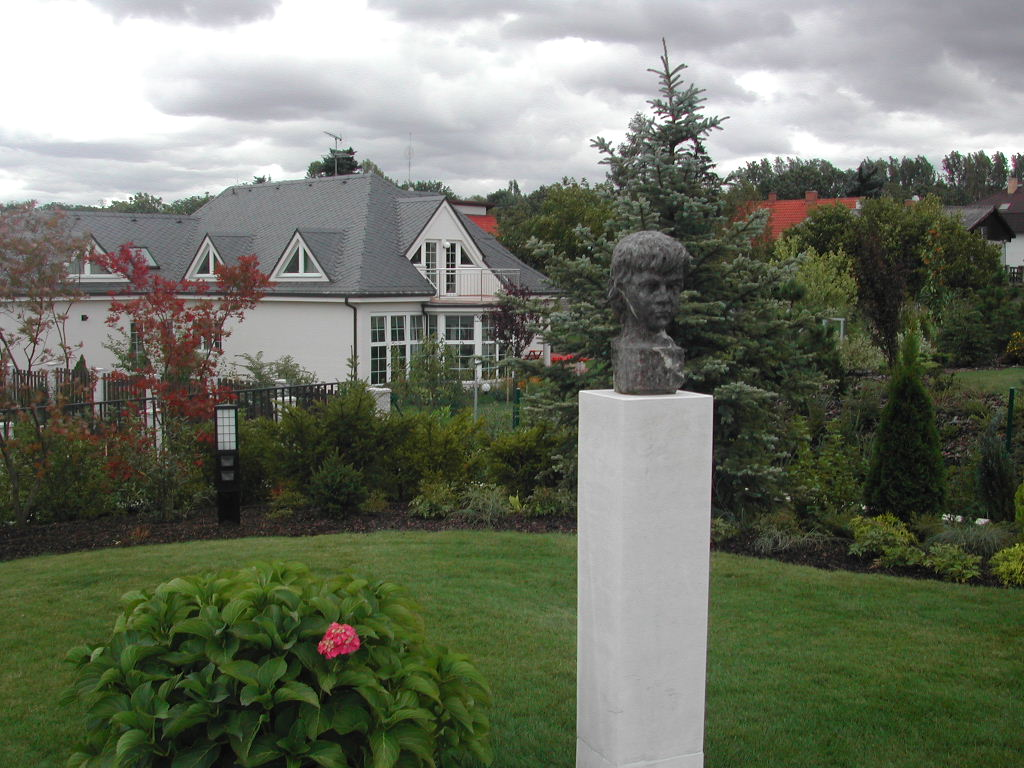 Mramorová fontána Průhonice sochymodely 003